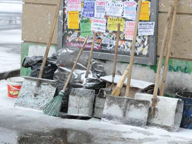 В Перми таксист лопатой отбивался от напавших преступников