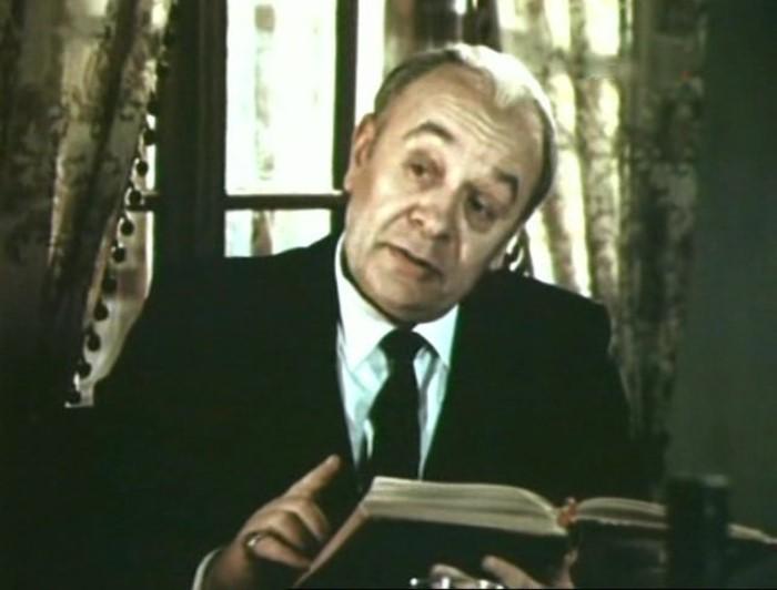 В чем обвиняли Леонида Броневого после роли Мюллера, и почему он жалел, что стал артистом