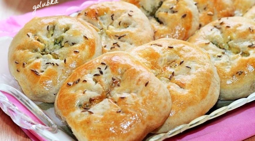 Пирожки-булочки на кефире с оливками и зеленью 2