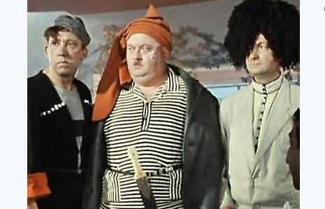 Петрова и Васечкина заменили Трус, Балбес и Бывалый: Bellingcat высмеяли за статью о третьем отравителе Скрипалей