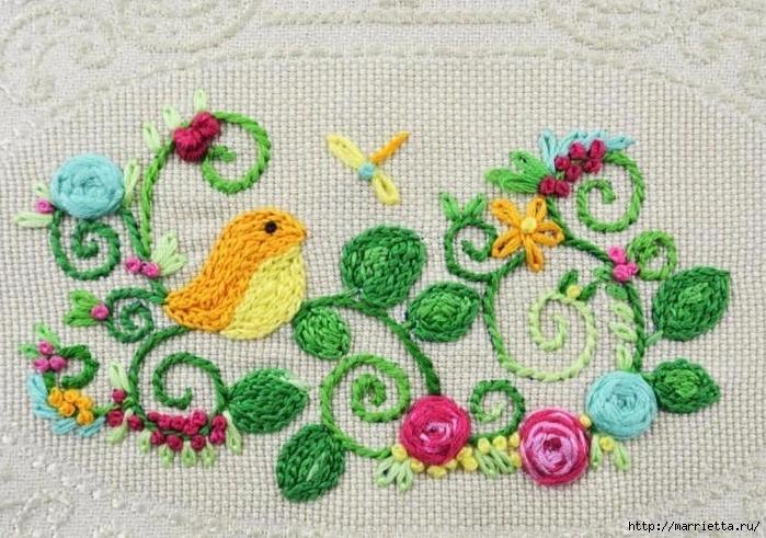 Полотенце, украшенное вышивкой с птичками. Шаблон - прилагается