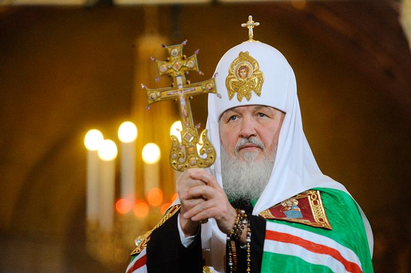 Глава РПЦ патриарх Кирилл потребовал безоговорчного исполнения своих приказов!