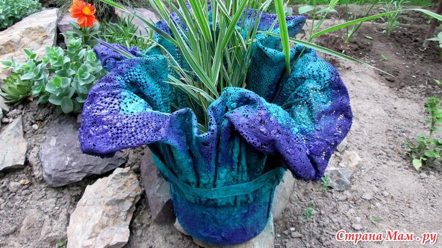 Горшки для цветов из цемента для сада