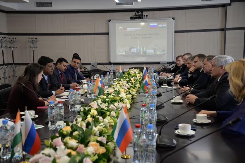 Рособоронэкспорт и Концерн ВКО «Алмаз-Антей» показали индийской делегации инновационный технопарк