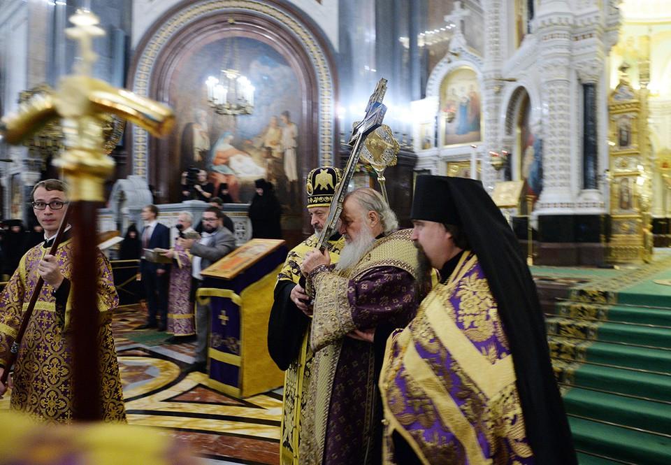 Патриарх Кирилл подписал пет…