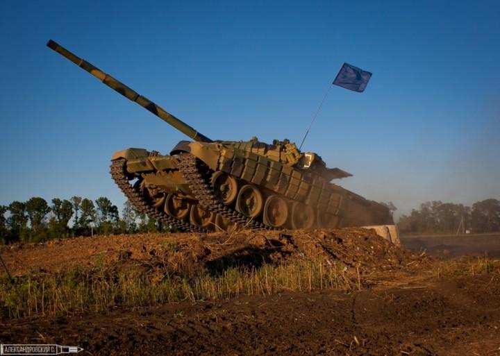 Суровые танки в женских руках