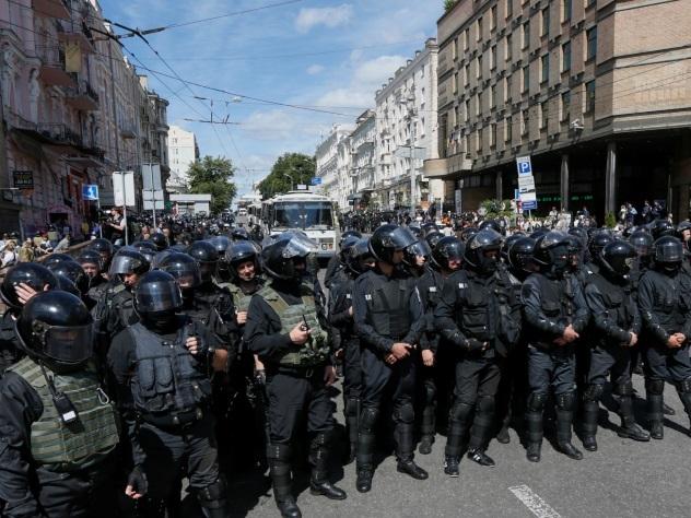 Порошенко: Украина выполняет Минские соглашения на 95%