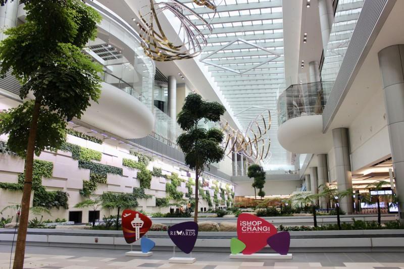Новый терминал самого лучшего аэропорта в мире