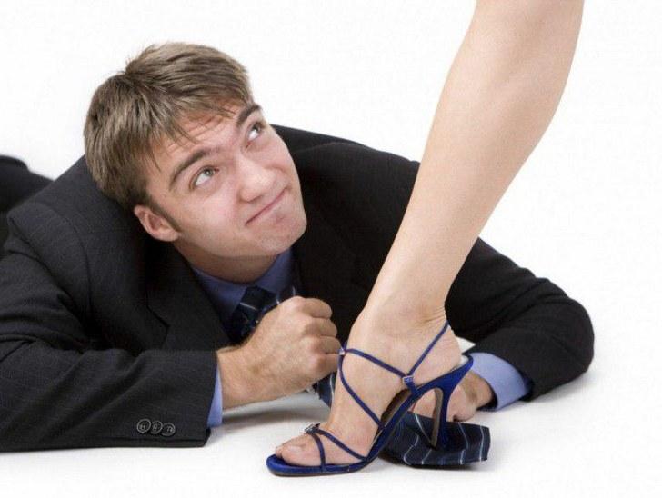 Сладкая месть — ославила экс-мужа на весь город, неделю его фотку везде обсуждали!