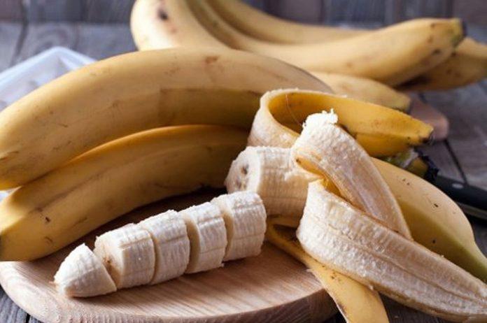 Вот как можно применять банановую кожуру