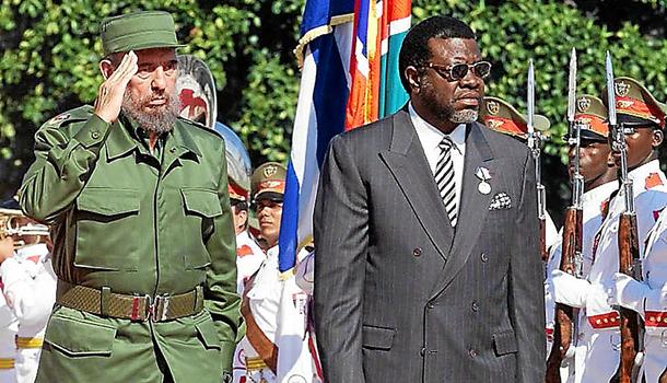 Президент Намибии «выгулял» свой парадный УАЗ «Патриот»