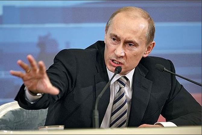 Дотянулся проклятый Путин