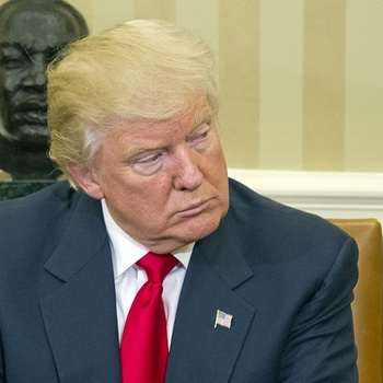 Трамп: первые сложности на посту президента
