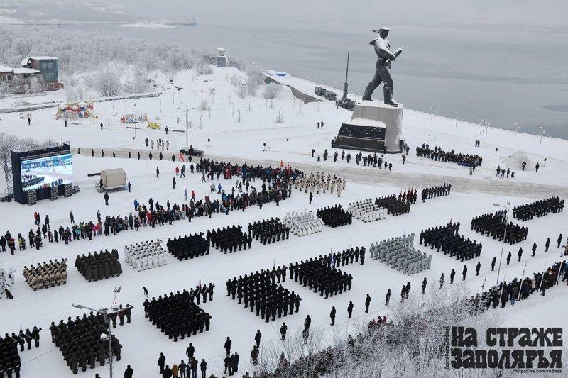 Исторический парад в Североморске