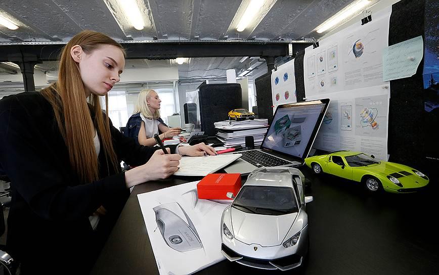 Российско-швейцарский производитель навигаторов выпустит автомобильный AR-дисплей в 2018 году