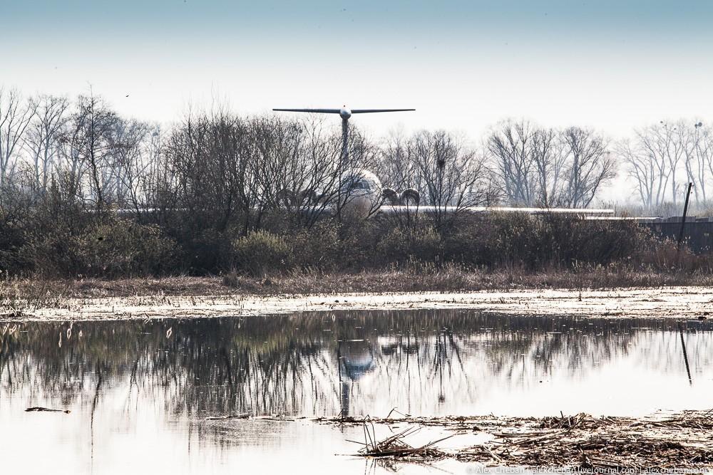 Самолет Брежнева в украинском огороде