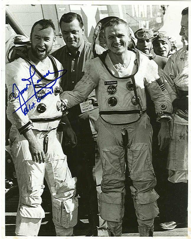 Поддельно-бодрые астронавты, или Голливуд от НАСА?  фотографии