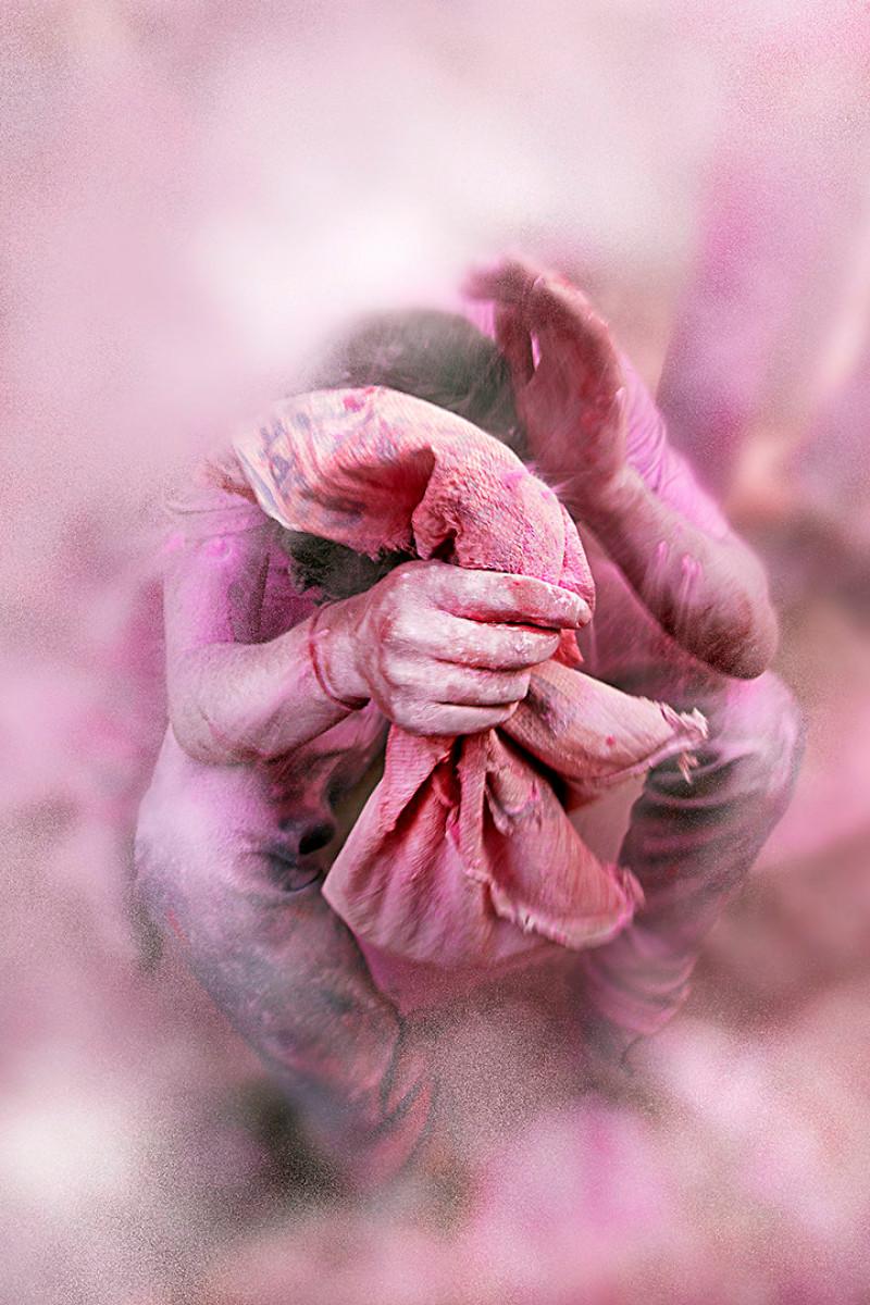 Атака красок - фестиваль красок Холи, Барсана, Индия индия, красота, талант, творчество, фото, фотограф, фотография, художник