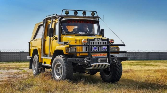 Умельцы собрали пикап ГАЗ-66 с двигателем от Mercedes-Benz (фото)