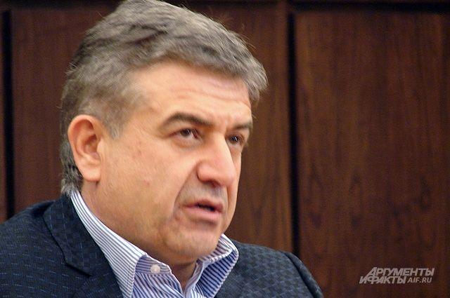 В Армении сорвались переговоры лидера оппозиции и врио премьер-министра
