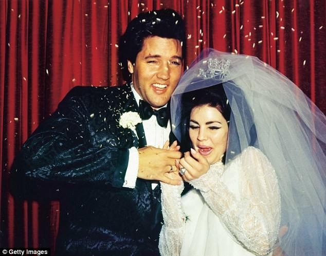 """Свадьба Элвиса и Присциллы Болье 1 мая 1967 года в отеле """"Аладдин""""Лас-Вегасе архив, знаменитости, интересно, история, редкие снимки, фото, фотоальбом, элвис пресли"""