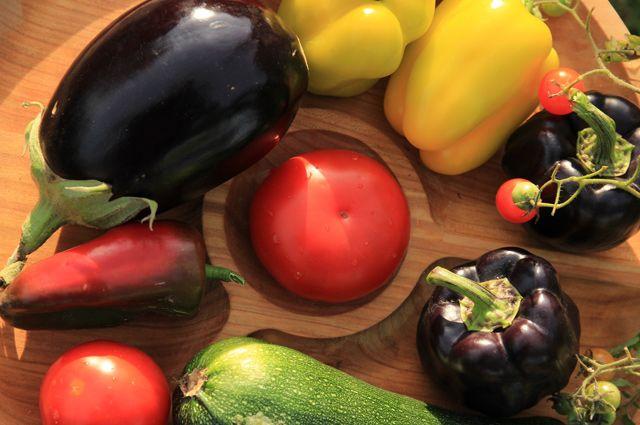 По самые помидоры. Кто внёс томаты и кабачки в список вредных продуктов?