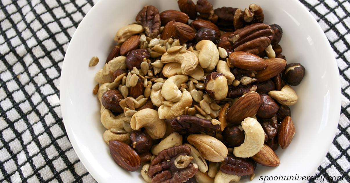 Вот что будет Ñ Ð²Ð°ÑˆÐ¸Ð¼ телом и здоровьем, еÑли еÑÑ'ÑŒ разные орехи каждый день