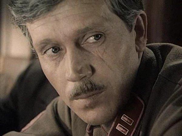 Нежный, ранимый бабник Владлен Бирюков