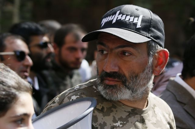 Лидер оппозиции Пашинян официально выдвинут на пост премьера Армении