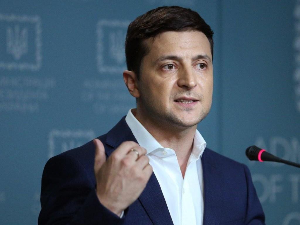 Зеленский придумал новый способ переманить крымчан на Украину