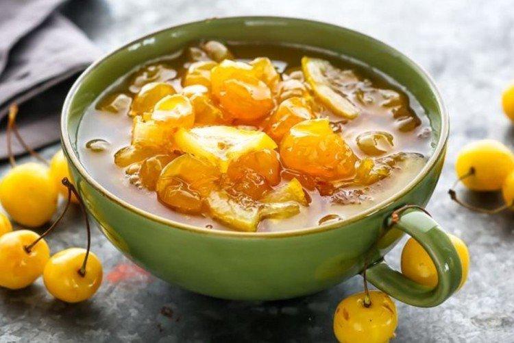 Варенье из белой черешни с лимоном и мятой