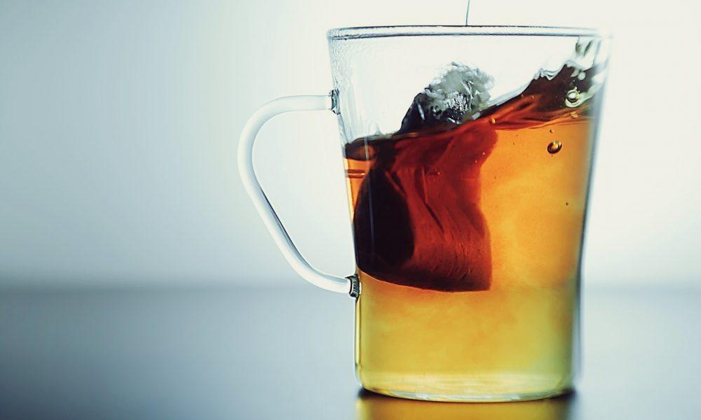 6 фактов о чайных пакетиках узнав которые вы перестанете выбрасывать их после использования