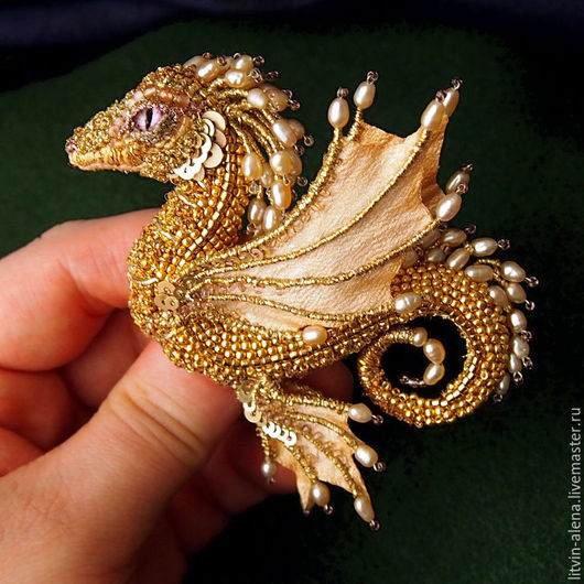 Brooches handmade. Livemaster - handmade. Buy Brooch dragon 'Margo'. Brooch beads. Embroidered dragon. Golden dragon.Brooch