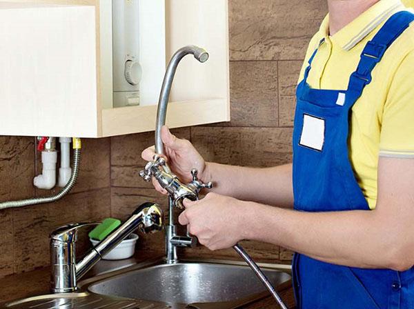 самостоятельная замена смесителя на кухне