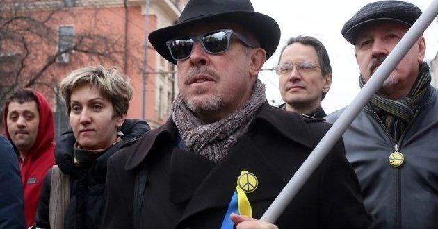 Дерьмократ-Макаревич выгнал из группы человека за симпатию к русскому Крыму
