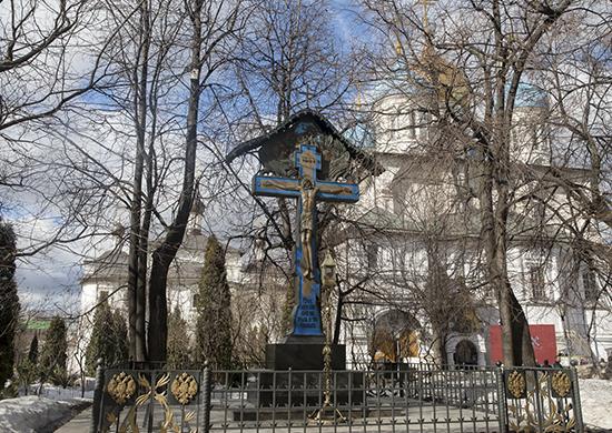 В Новоспасском монастыре освятили куличи для российских военнослужащих в Сирии