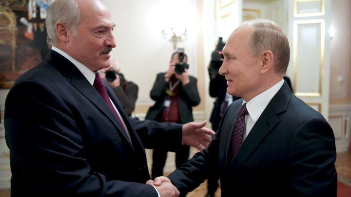 """Путин ответил на истерики Лукашенко """"неожиданным предложением"""". Его придётся принять - """"другого варианта нет"""""""
