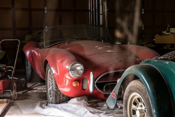 Ferrari 275 GTB и Shelby Cob…