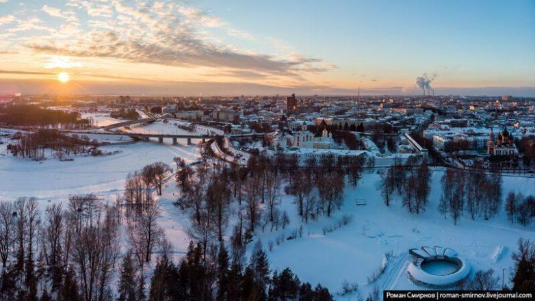 Очарование российской провинции: пролетая над зимним Ярославлем