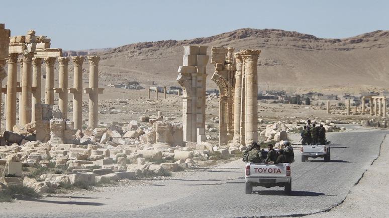 Guardian: Российская авиация помешала боевикам ИГ вновь захватить Пальмиру