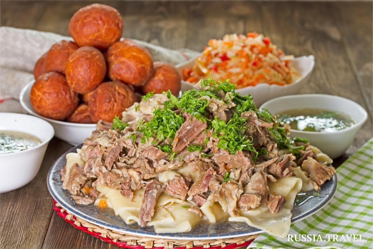 Не хлебом единым: 16 главных блюд России