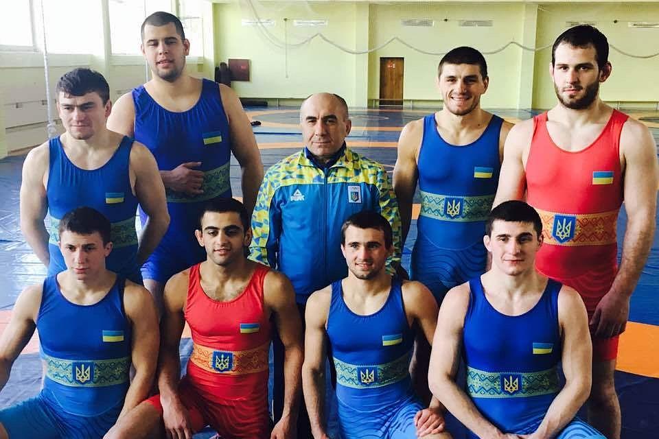 Украинские борцы сбежали в Р…