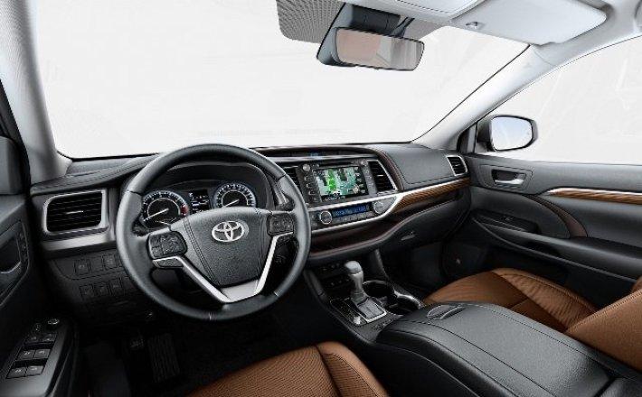 Toyota  показала новый кроссовер Highlander четвертого поколения