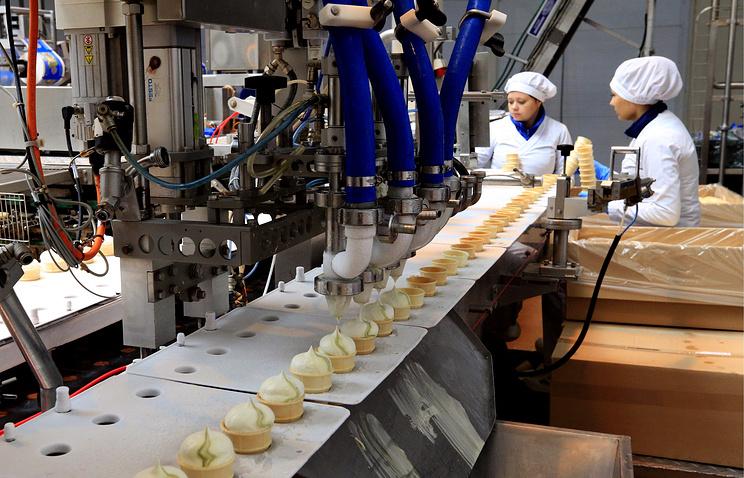 """""""Обманывать невыгодно"""": как на Кубани делают любимое мороженое Путина."""