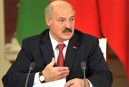 Лукашенко раскритиковал Евразийский экономический союз из-за молока и цемента