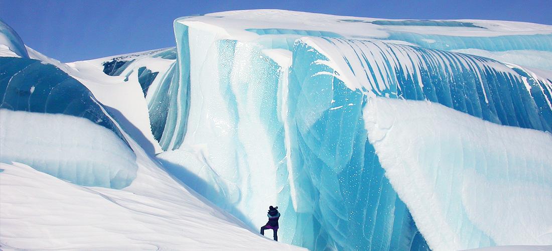 Фото Замороженная волна. Ледяные чудеса природы. Фото с сайта NewPix.ru