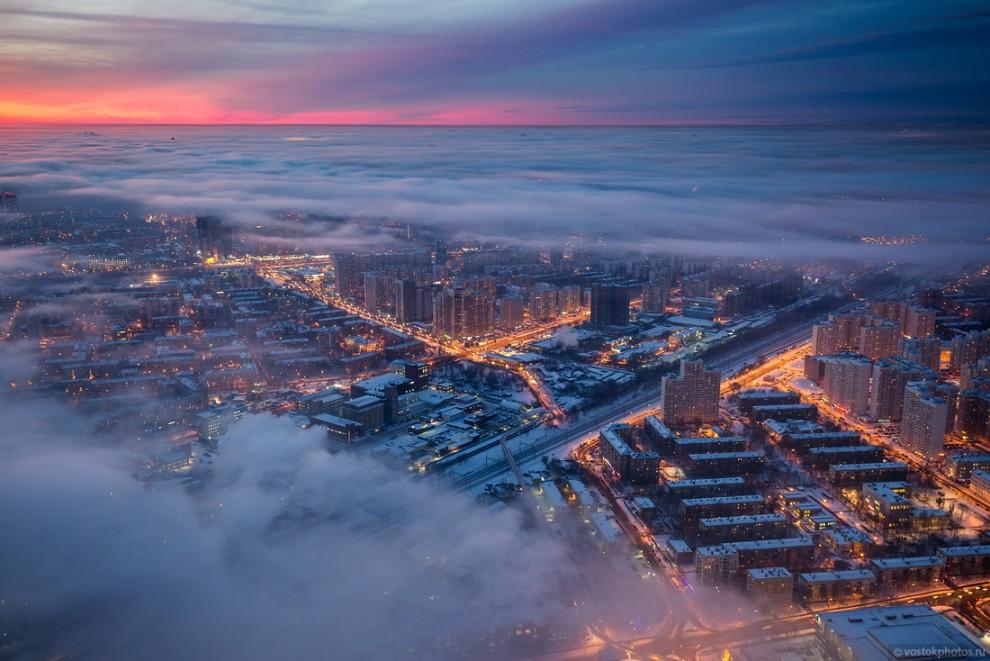 Москва в тумане: вид с Останкинской телебашни