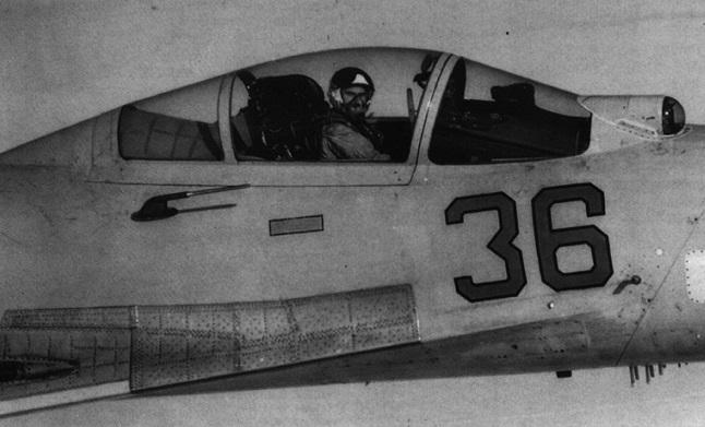 Как советский летчик Василий Цимбал «подрезал» самолеты НАТО