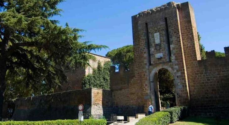 Крепость Альборнос