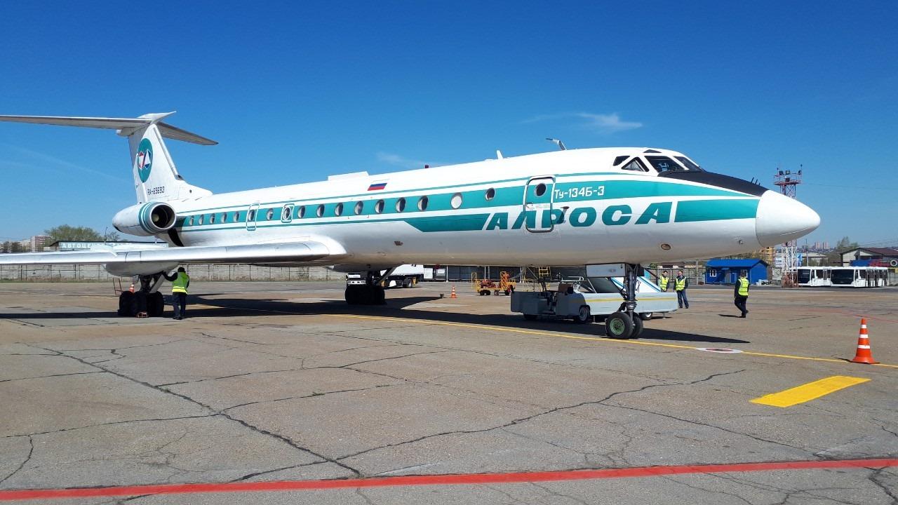 Самолет Ту-134 совершил свой…